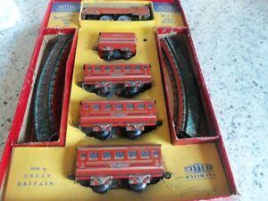 Vintage Mettoy Railways Tinplate Streamline Miniature Train Set