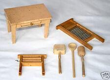 Puppenstubenzubehör Tisch Waschbrett Fleischklopfer Holzlöffel Wringmaschine