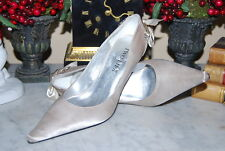TWO LIPS SILVER SATIN BOW POINTY TOE HIGH HEEL CLASSIC WOMEN'S PUMPS SIZE 7.5 M