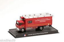 Voiture Pompier Moulé sous pression 2005 VEHICULE RISQUE CHIMIQUE RENAULT1:80