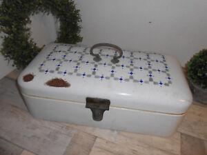 Alte Brotdose, emailliert, Brotkasten Email Art Deco, shabby chic, weiß blau