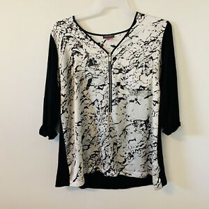 Vince Camuto Blouse Top Plus Size 2X Black White Pocket Zip Front Stretchy Comfy