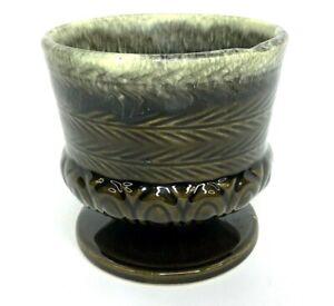 Vtg Hull USA Pottery F84 Olive Green Drip Glaze Planter, Flower Pot, Jardinière