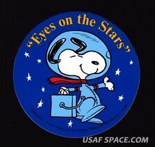 "AUTHENTIC VINTAGE SNOOPY ""Eyes on the Stars"" NASA SPACE STICKER-DECAL ---- MINT"
