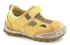30 scarpe casual medi per bambini dai 2 ai 16 anni
