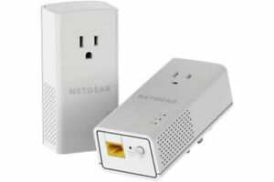 NETGEAR Powerline AC1200 Gigabit Network Adapter with Extra Power Outlet
