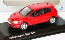Très rare VW Golf GTi 1K 3 portes Mark 5 Tornado Red 1:43 Norev (concessionnaire modèle)