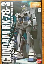 MG RX-78-3 G-3 Gundam 1/100 Scale Plastic Model Kit Bandai 1996