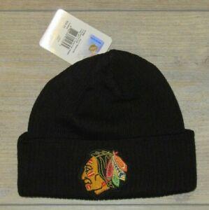 Chicago Blackhawks CCM Classic Vintage Logo Cuffed Winter Knit Hat Cap Men's