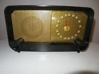 Vintage 1948 1949 Zenith Tube Radio Model 5D810 The Pacemaker in Jet Black