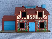 Vintage FISHER PRICE 1980 Tudor Doll House Snoopy Garage ++ Unique Toy ❤️sj8j