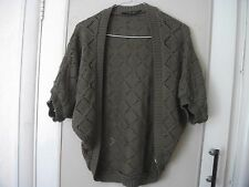 DOROTHY PERKINS SIZE SMALL - MED BROWN ACRYLIC DIAMOND PATTERNED SHRUG