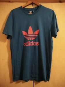 ADIDAS - CLASSIC LOGO IN RED ON BLUE T SHIRT - SIZE MEDIUM