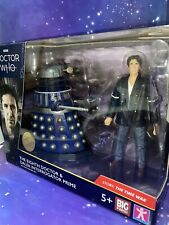 Dr Who 8th Eighth Doctor Figure and Dalek Interrogator Time War Collector Set