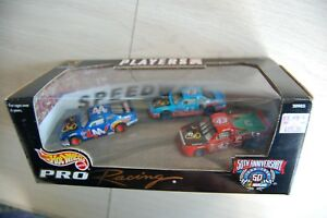 1998 Hot Wheels NFL Players Inc 3-car set Richard Petty Enterprises Nascar mib