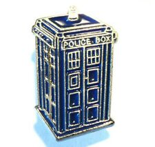 DR WHO TARDIS  METAL PIN BADGE BUY 2 We Send 3