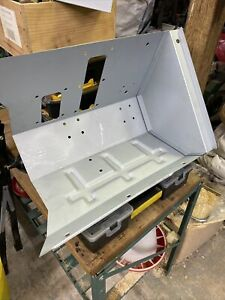 Land Rover Defender Right  Foot Box + Left Side Panel