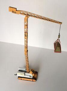 Corgi Tower Crane and Load Pallet - Block Construction