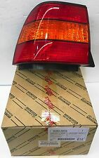 LEXUS OEM FACTORY DRIVERS REAR OUTER TAIL LAMP LENS 1998-2000 LS400