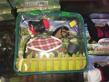 BROWN EQUESTRIAN FLOCKED HORSE PONY MODEL FIGURE SET WITH ACCESSORIES BAG