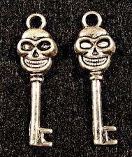 50Pcs. WHOLESALE Tibetan Silver SKELETON Key Charms HALLOWEEN Ear Drops Q0239
