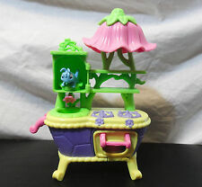 "2011 Disney Tinker Bell Great Fairy Rescue Kitchen Oven 7"" Cricket and cake"