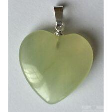 Pendentif coeur Jade clair de Chine taille 2 cm