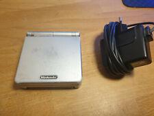 Nintendo Game Boy Advance SP Handheld-Konsole - Silber