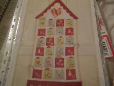 """""""Avoir une maison de Noël de l'Avent Calendrier cross stitch chart (uniquement)"""