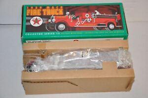 Ertl Collectibles 1929 Mack Fire Truck Texaco Die-Cast Metal Bank #F415 NIB