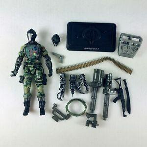 G.I. Joe Pursuit of Cobra Action Figure Jugle BAT with Exta Head Weapons Stand