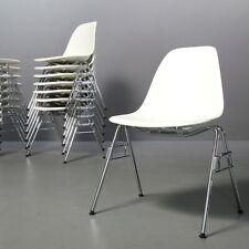 mehrere: Eames Plastic Side Chair - DSS - Vitra - Weiß Stuhl Stapelstuhl