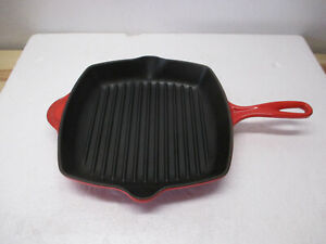 """Le Creuset Enameled Cast Iron Signature Square Skillet Grill Pan 10.25 """" RED"""