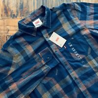 New Levi's Dark Blue Plaid Button Up Long Sleeve Shirt Medium NWT