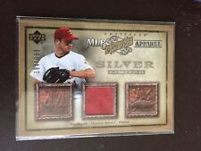 2006 UD Artifacts GW Jersey Apparel # Mlb-RO Silver #/250 Roy Oswalt Astros