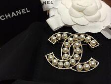 NIB 2016 Chanel XL Extra Large Gold Classic CC Pearl PIN Brooch