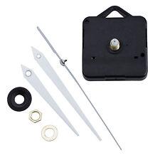 Quarz Uhrwerk Quarzuhrwerk mit 3 verschiedenen Zeigersaetzen und Zubehoer G W0C0