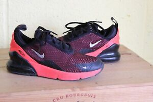 KIDS UNISEX  NIKE AIR MAX 270 BLACK & BRIGHT CRIMSON TRAINERS SIZE 1.5 / 33.5