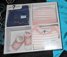 7 For All Mankind Baby Girls 0-3 Month 4 Pc Set Outfit Jeans Bodysuit Bootie Hat