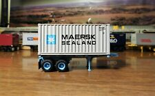 ATHEARN RTR 20' MAERSK CHASSIS & 20' MAERSK/SEALAND BOX CONTAINER MAEC MSKU