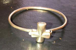 Retired James Avery Sterling Silver St Teresa Cross Hook-On Bracelet