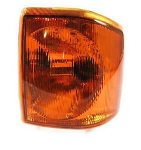 94-99 Land Rover Discovery 1 Driver Side Left Front Turn Signal Marker Lamp