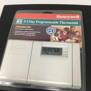 Honeywell 5-2 Day Programmable Thermostat Model CT3200A White