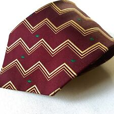 Burberrys Of London Mens Designer Neck Tie Textured Pure Silk Geometric