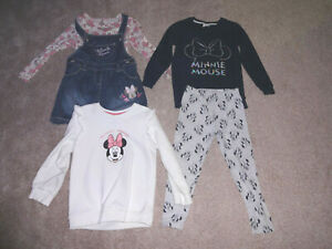 Girls Minnie Mouse Clothes Bundle Age 4-5 Yrs (3x Outfits) Excellent Hardly Worn