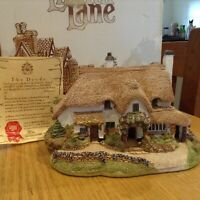 MINT CONDITION LILLIPUT LANE PERIWINKLE COTTAGE IN ORIGINAL BOX AND DEEDS
