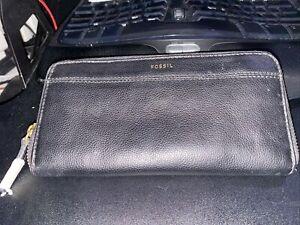 Fossil Tiegen Black Leather Clutch Zip Wallet New Retails For $75