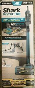 Shark Rocket PRO Deep-Cleaning Cordless Stick Vacuum IZ140 Blue BRAND NEW