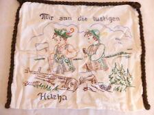 Antike Textilien & Weißwäsche mit Stickerei aus Leinen