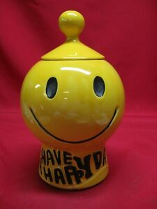 VINTAGE McCOY SMILEY HAPPY FACE COOKIE JAR WITH LID - EXCELLENT CONDITION